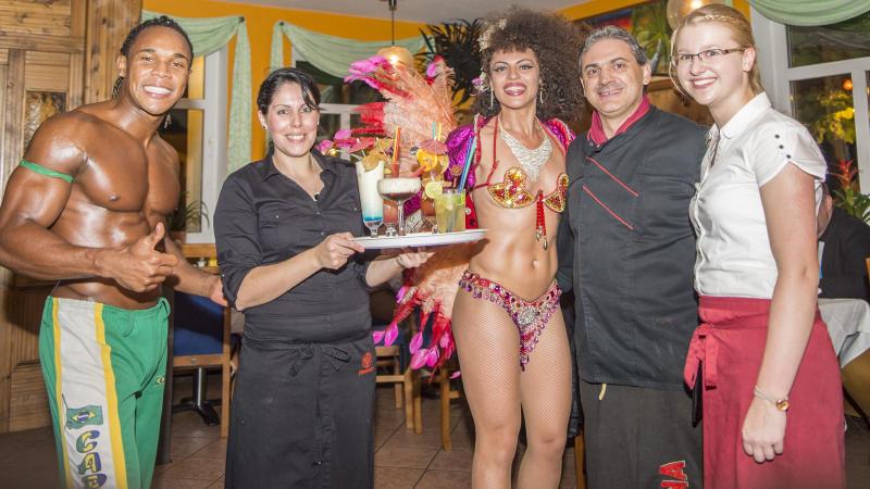 Unser Team vom Rodizio - Churrasco do Brasil aus Wienhausen freut sich darauf, Ihnen eine unvergessliche Feier zu bereiten.